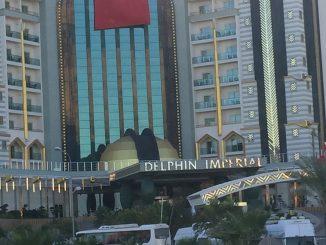 Türkische Fahne am Luxushotel in Antalia, Foto: Stefan Groß