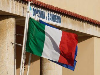 Italienische Fahne in San Remo, Foto: Stefan Groß