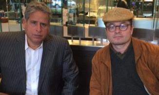 Menschenrechtsanwalt Robert Amsterdam (links im Bild) mit Stephan Templ (Foto: Stephan Templ)