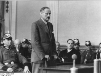 Bundesarchiv, Bild 151-22-35, Volksgerichtshof, Christian August Ulrich von Hassell