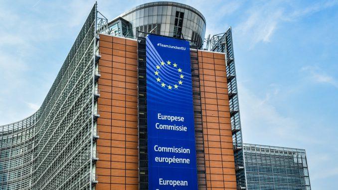 belgien brüssel europäische kommission architektur, Quelle: dimitrisvetsikas1969, Pixabay License Freie kommerzielle Nutzung Kein Bildnachweis nötig https://pixabay.com/de/photos/belgien-br%C3%BCssel-3595351/