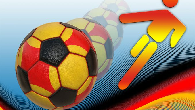 fußball ball sport dynamik deutschland farben, Quelle: geralt, Pixabay License Freie kommerzielle Nutzung Kein Bildnachweis nötig, https://pixabay.com/de/illustrations/fu%C3%9Fball-ball-sport-dynamik-63629/