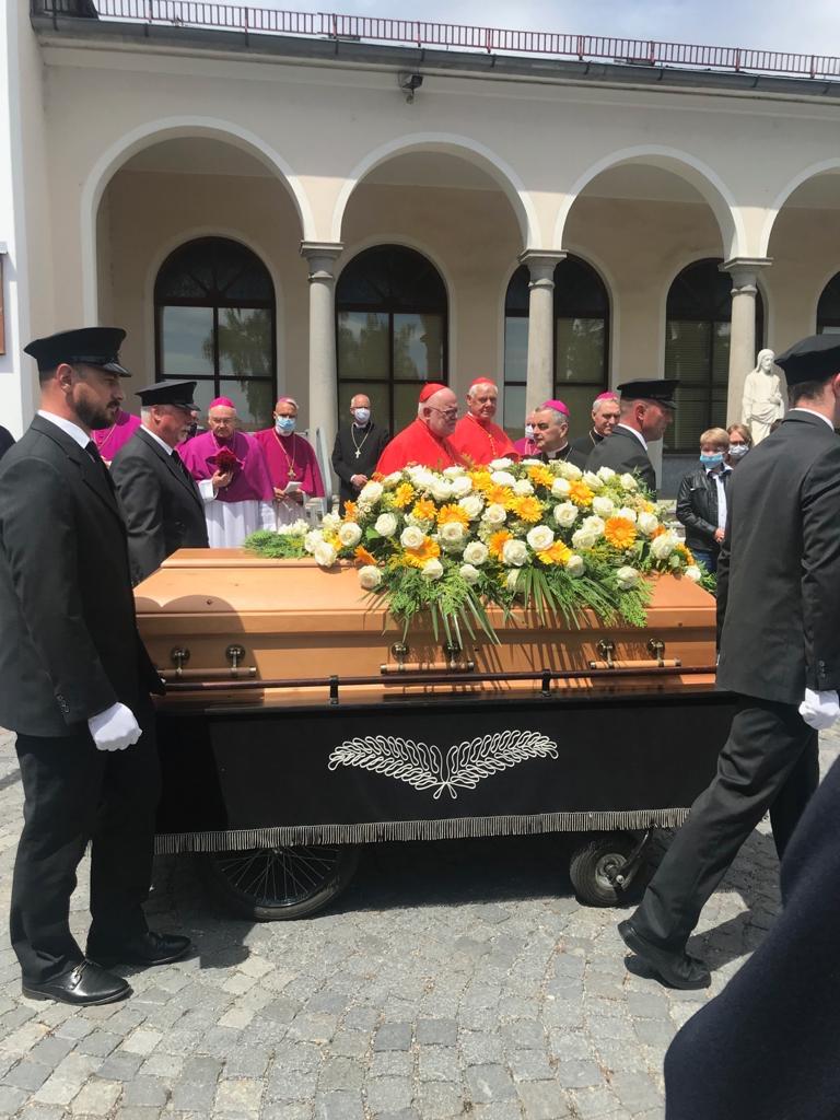 Georg Ratzinger Beerdigung Livestream